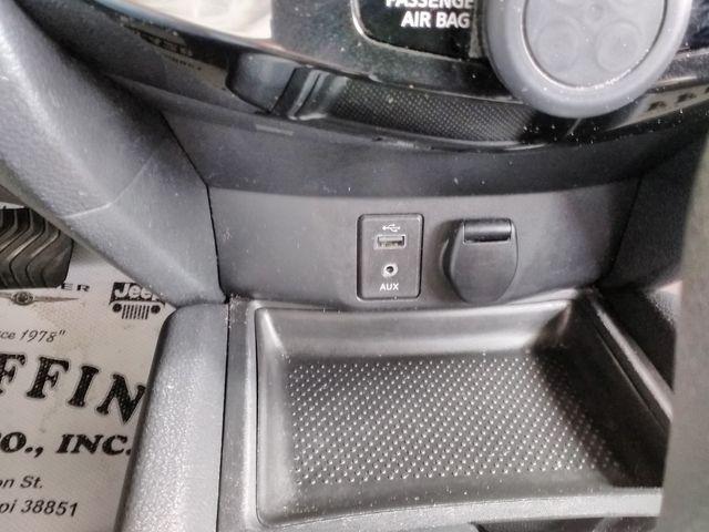 2017 Nissan Rogue S Houston, Mississippi 15