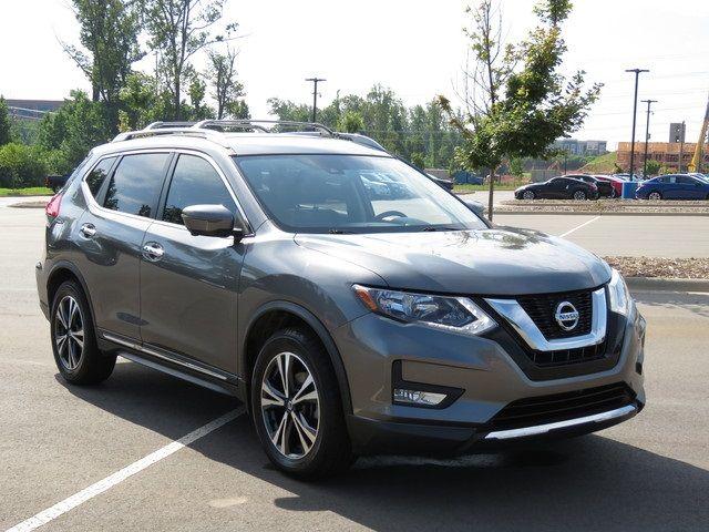 2017 Nissan Rogue SL