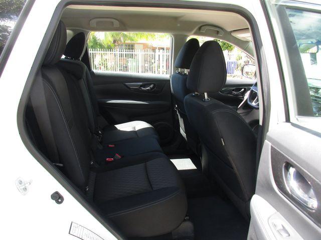 2017 Nissan Rogue S Miami, Florida 11