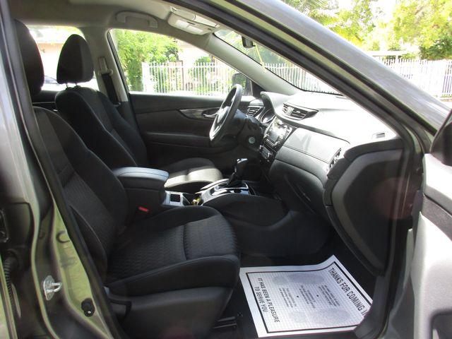 2017 Nissan Rogue S Miami, Florida 14