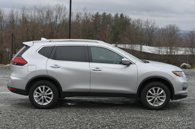 2017 Nissan Rogue SV Naugatuck, Connecticut 6