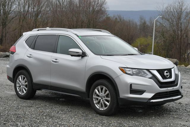 2017 Nissan Rogue SV Naugatuck, Connecticut 7