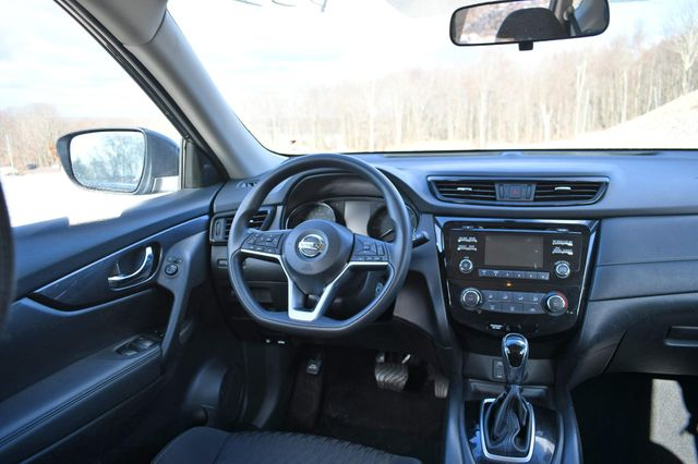 2017 Nissan Rogue S Naugatuck, Connecticut 16