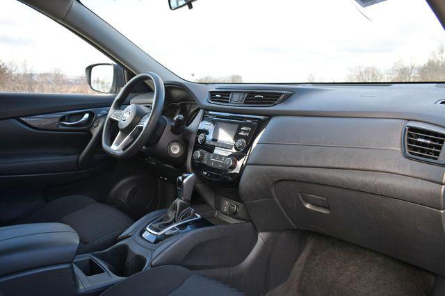 2017 Nissan Rogue S Naugatuck, Connecticut 8