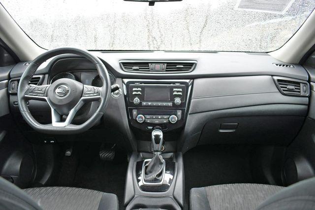 2017 Nissan Rogue SV AWD Naugatuck, Connecticut 19