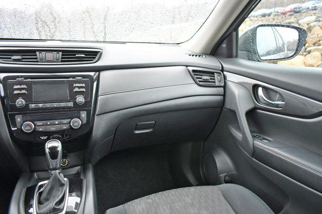 2017 Nissan Rogue SV AWD Naugatuck, Connecticut 20