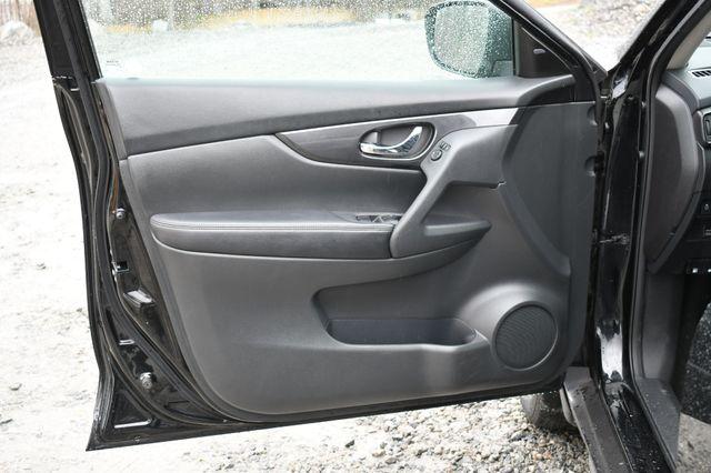2017 Nissan Rogue SV AWD Naugatuck, Connecticut 21