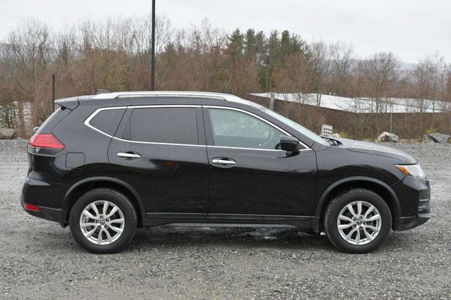 2017 Nissan Rogue SV AWD Naugatuck, Connecticut 7