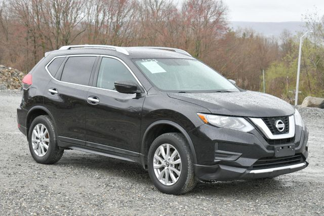 2017 Nissan Rogue SV AWD Naugatuck, Connecticut 8