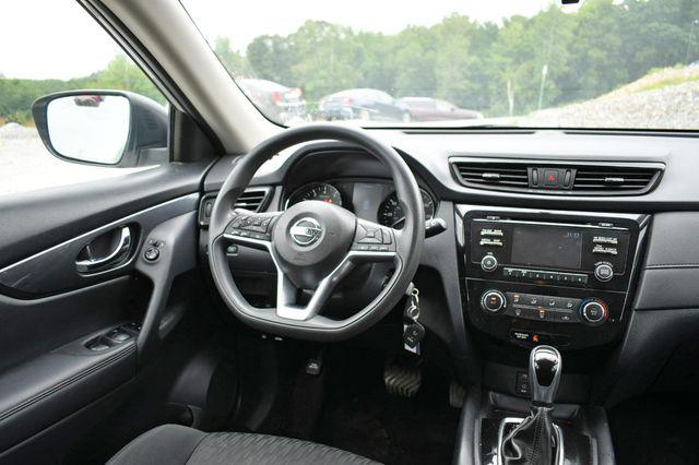 2017 Nissan Rogue S AWD Naugatuck, Connecticut 18