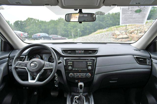 2017 Nissan Rogue S AWD Naugatuck, Connecticut 19