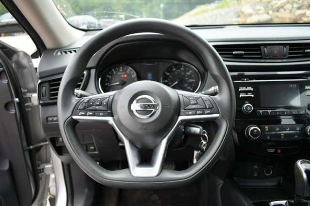 2017 Nissan Rogue S AWD Naugatuck, Connecticut 23