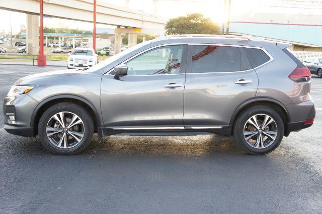 2017 Nissan Rogue SL in San Antonio, TX 78233