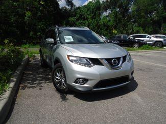 2015 Nissan Rogue SL PREM PKG. PANORAMA. NAVI. BOSE. PWR LIFTGATE SEFFNER, Florida 10