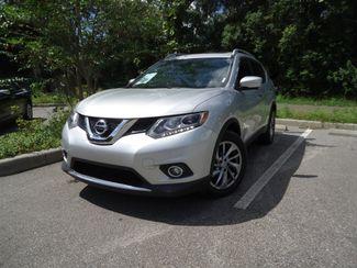 2015 Nissan Rogue SL PREM PKG. PANORAMA. NAVI. BOSE. PWR LIFTGATE SEFFNER, Florida 5