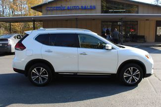 2017 Nissan Rogue SL  city PA  Carmix Auto Sales  in Shavertown, PA