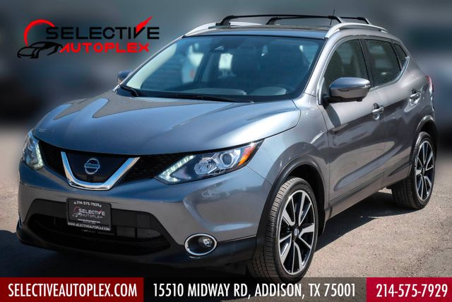2017 Nissan Rogue Sport SL AWD Navigation Back Up Camera, Heated Seats