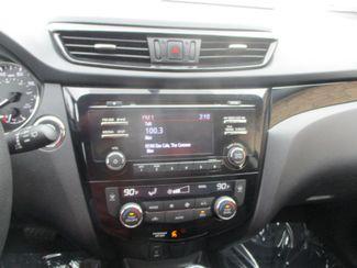 2017 Nissan Rogue Sport SV Farmington, MN 4
