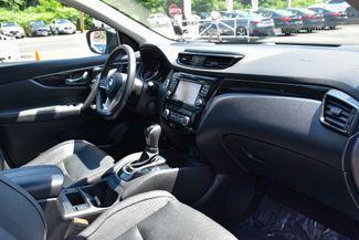 2017 Nissan Rogue Sport SL Waterbury, Connecticut 21