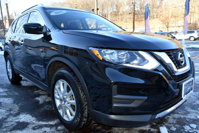 2017 Nissan Rogue SV Waterbury, Connecticut 7