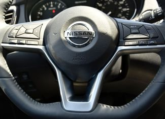 2017 Nissan Rogue SV Waterbury, Connecticut 30