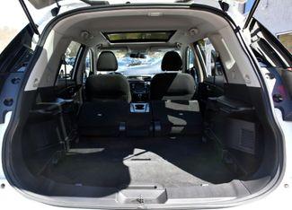 2017 Nissan Rogue SV Waterbury, Connecticut 30