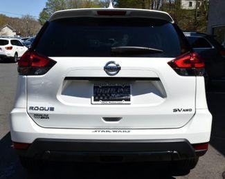 2017 Nissan Rogue SV Waterbury, Connecticut 5