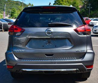 2017 Nissan Rogue SL Waterbury, Connecticut 3