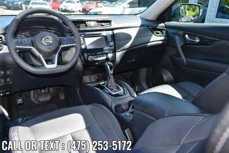 2017 Nissan Rogue SL Waterbury, Connecticut 14