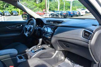 2017 Nissan Rogue SV Waterbury, Connecticut 14