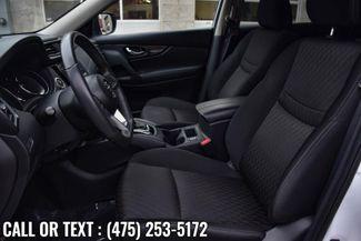 2017 Nissan Rogue SV Waterbury, Connecticut 9