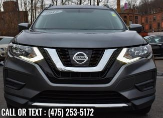 2017 Nissan Rogue SV Waterbury, Connecticut 8