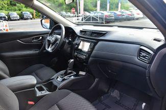 2017 Nissan Rogue SV Waterbury, Connecticut 17