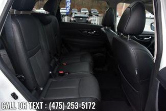 2017 Nissan Rogue SL Waterbury, Connecticut 18