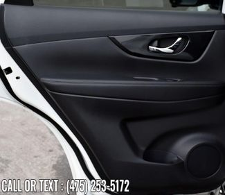2017 Nissan Rogue SL Waterbury, Connecticut 23