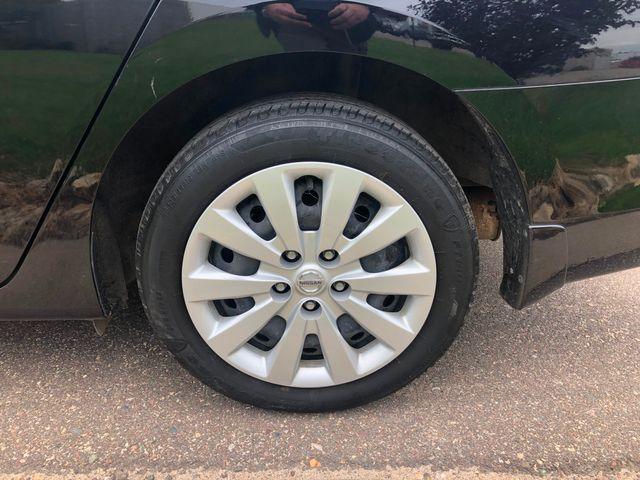 2017 Nissan Sentra SR Osseo, Minnesota 25