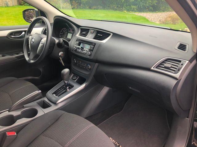 2017 Nissan Sentra SR Osseo, Minnesota 9
