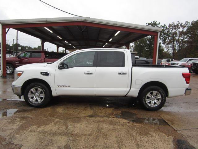 2017 Nissan Titan Crew Cab SV Houston, Mississippi 2