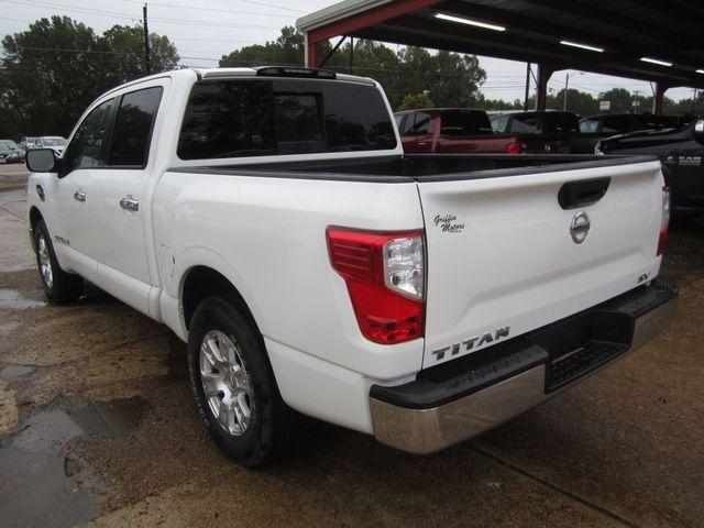 2017 Nissan Titan Crew Cab SV Houston, Mississippi 5