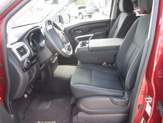 2017 Nissan Titan SV Crew Cab 4x4 Houston, Mississippi 7