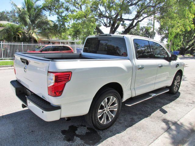 2017 Nissan Titan SL Miami, Florida 4
