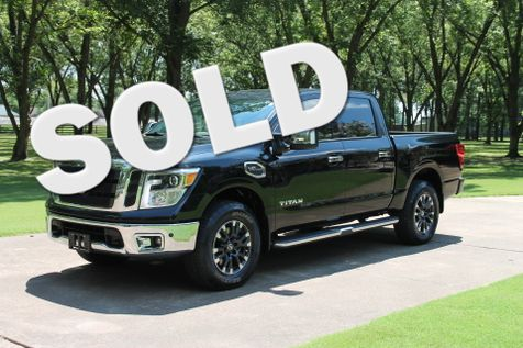 2017 Nissan Titan SL Crew Cab 4WD 1 Owner Perfect Carfax  MSRP New $52140 in Marion, Arkansas