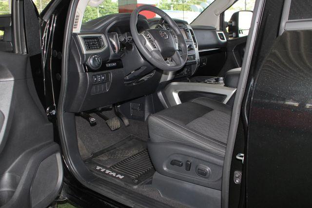 2017 Nissan Titan XD SV Crew Cab RWD W/ COMFORT/CONVENIENCE PKG! Mooresville , NC 30