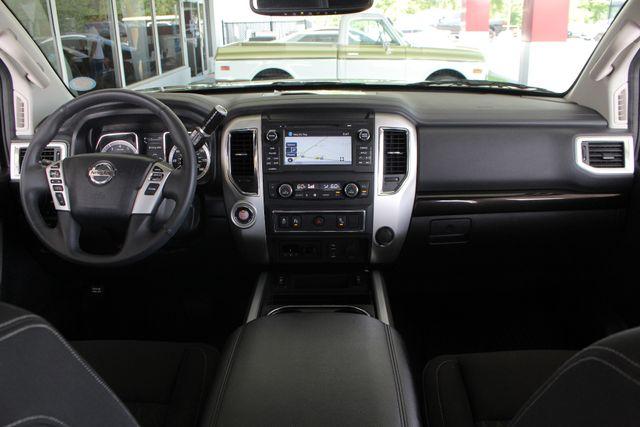 2017 Nissan Titan XD SV Crew Cab RWD W/ COMFORT/CONVENIENCE PKG! Mooresville , NC 29