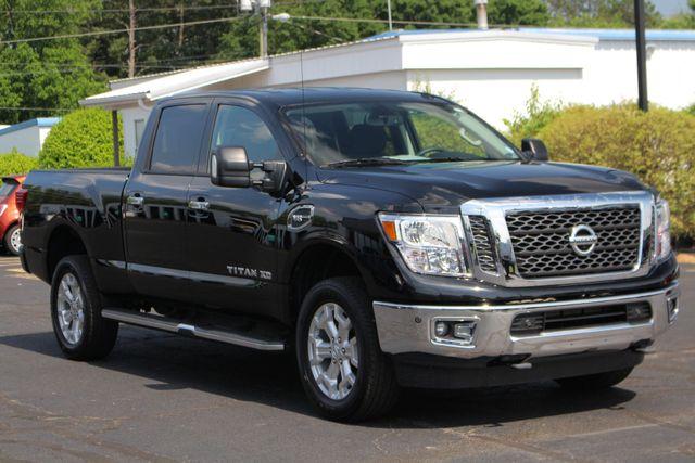 2017 Nissan Titan XD SV Crew Cab RWD W/ COMFORT/CONVENIENCE PKG! Mooresville , NC 22