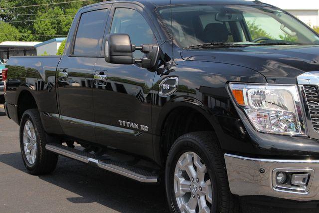 2017 Nissan Titan XD SV Crew Cab RWD W/ COMFORT/CONVENIENCE PKG! Mooresville , NC 26