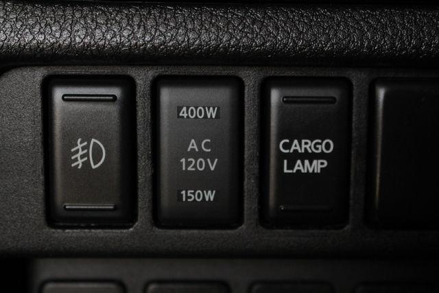 2017 Nissan Titan XD SV Crew Cab RWD W/ COMFORT/CONVENIENCE PKG! Mooresville , NC 33