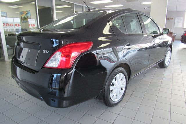 2017 Nissan Versa Sedan SV Chicago, Illinois 9