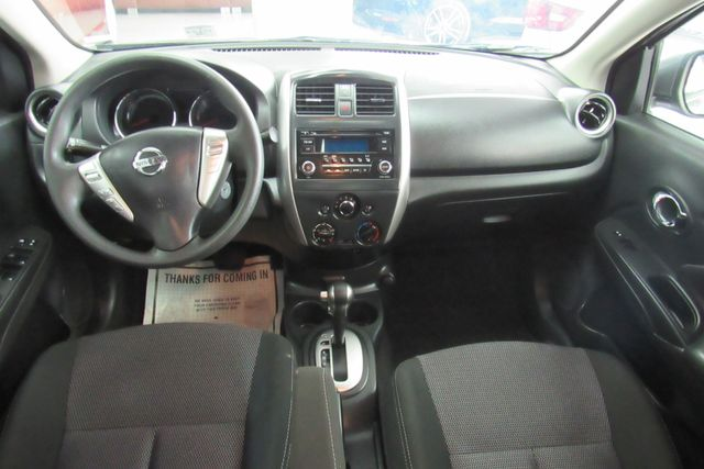 2017 Nissan Versa Sedan SV Chicago, Illinois 13