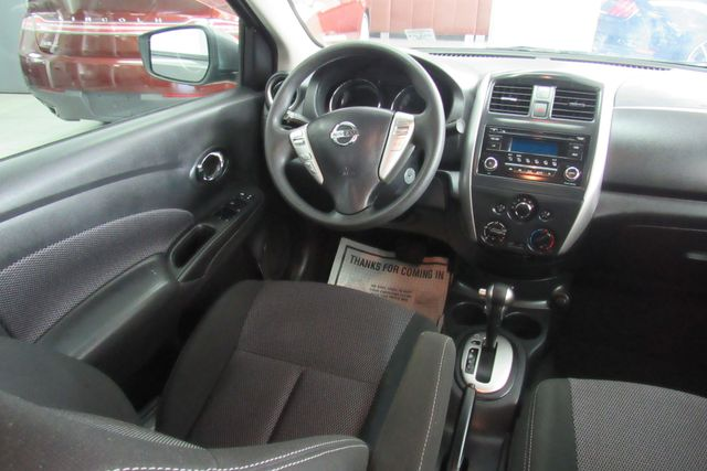 2017 Nissan Versa Sedan SV Chicago, Illinois 14